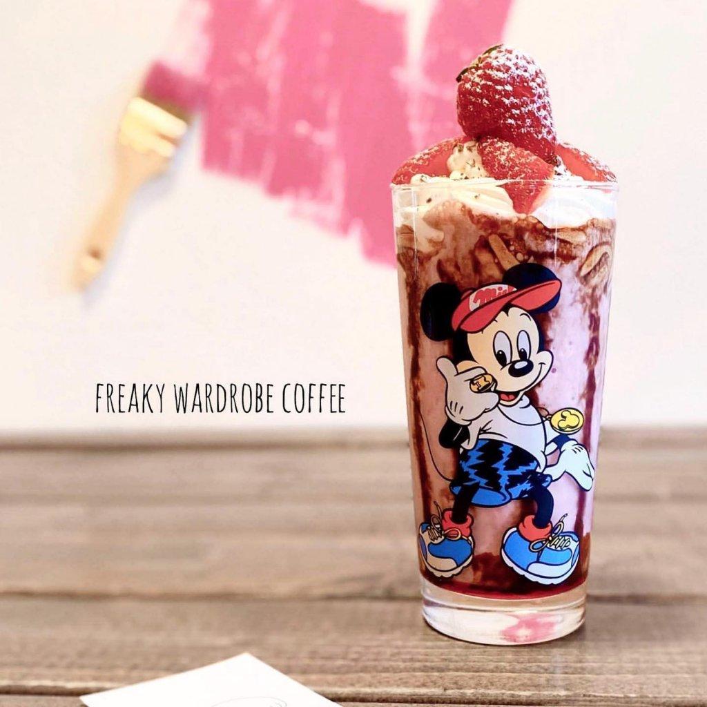 FREAKY WARDROBE COFFEE(フリーキーワードローブコーヒー)のストロベリーシェイク