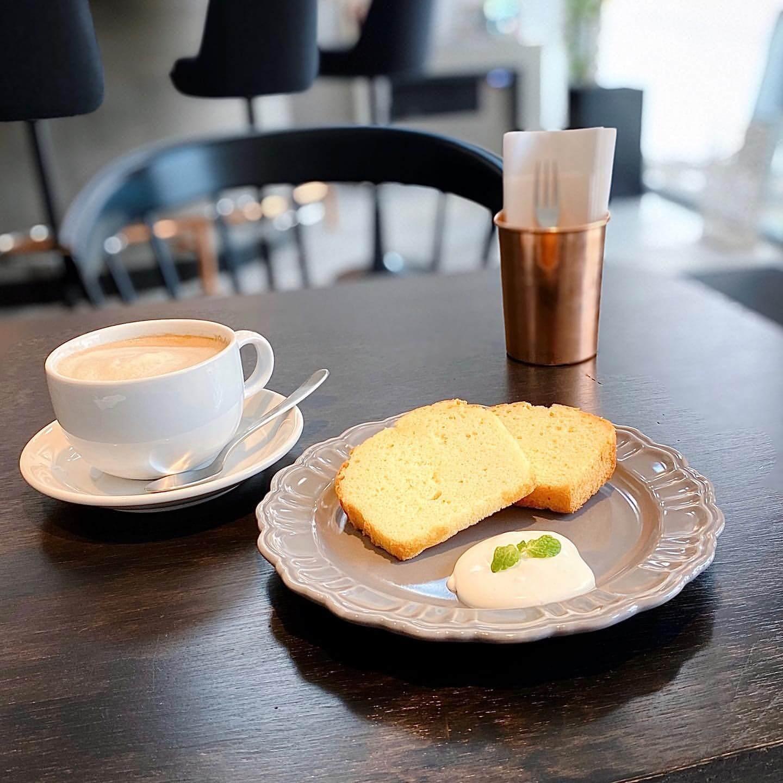 ZOU cafeのパウンドケーキ