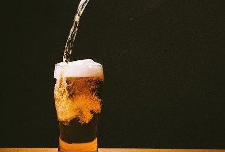 【バー カルロバ】すすきのに厳選クラフトビールにコーヒービールも味わえるバーがオープン!