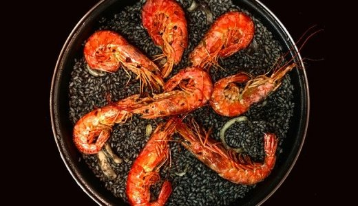 【スペイン料理と鉄板焼き BOQUERIA ボケリア】すすきので鉄板焼きやワインも味わえるスペイン料理屋