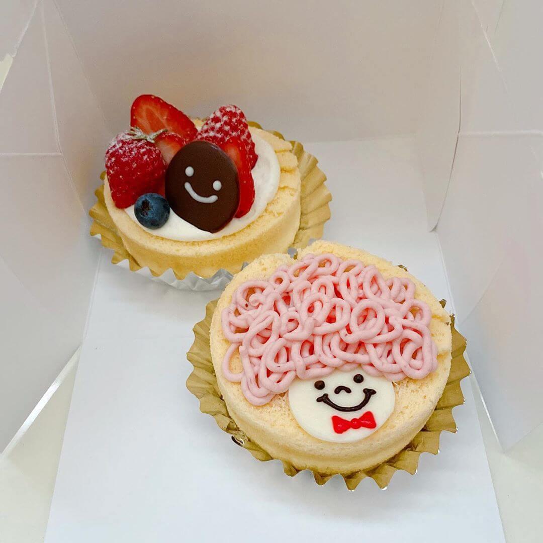 佐藤洋菓子店のアフロールイチゴ&いちごのロールケーキ
