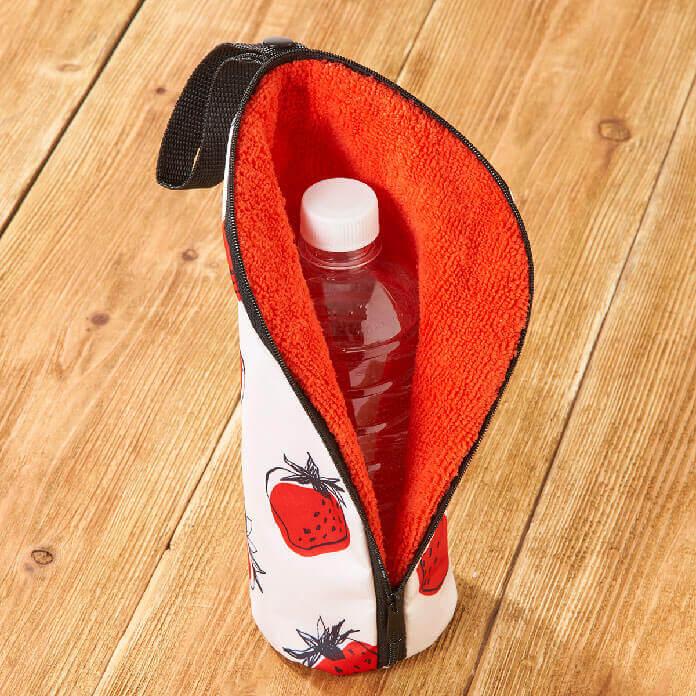 カルディのオリジナル いちご柄ボトルケース