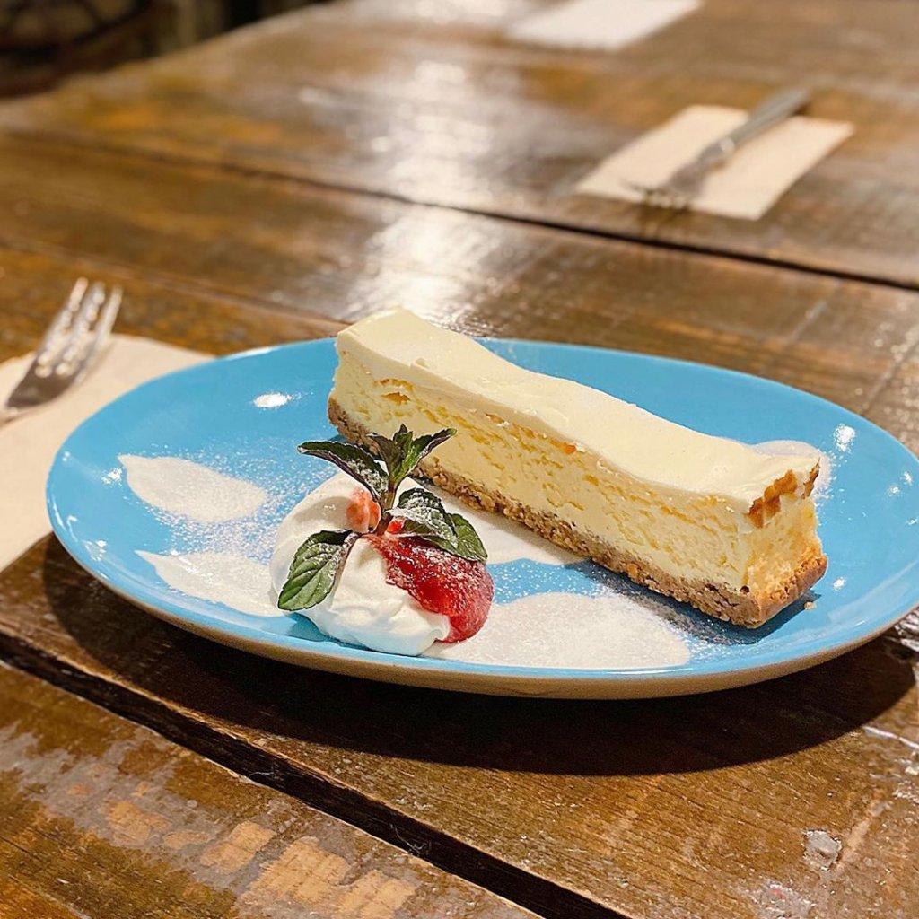 タムラ倉庫のチーズリッチチーズケーキ