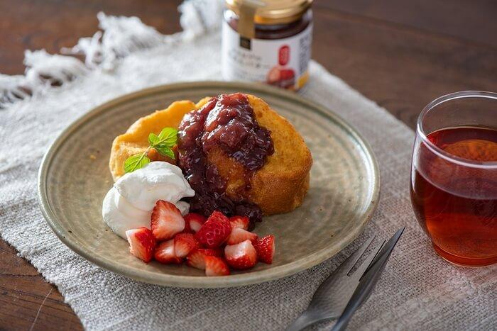 久世福商店の『あまおうの苺あんバター』を使った食パン