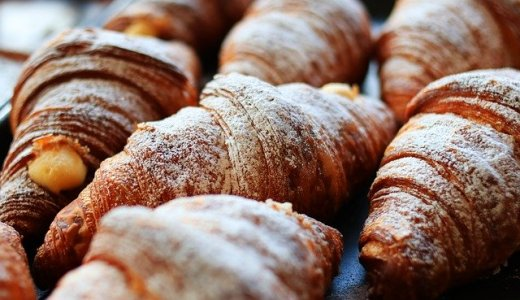 【フーズアンドブレッド 西町店】別海町産牛乳100%のふっくらパンを販売する西区ベーカリー!