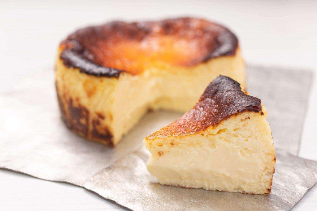 バスクチーズケーキ専門店『GOZO』のバスクチーズケーキ