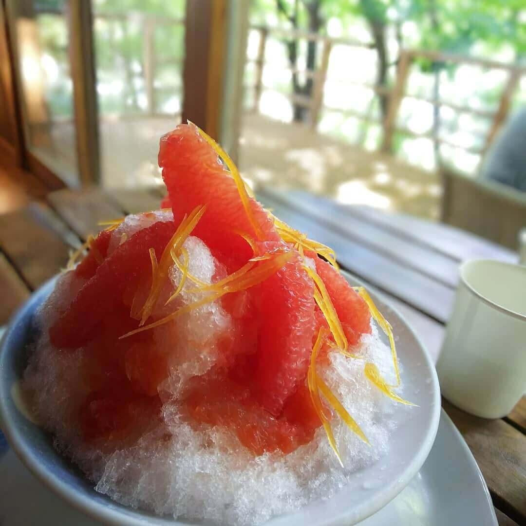森乃百日氷(もりのひゃくにちごおり)の『うつくしきもの(グレープフルーツ)』