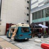 小樽のエアストリームカフェ『ZENIBAKO BASE』がクロスホテル札幌に期間限定オープン!ビアガーデンも楽しめるっ