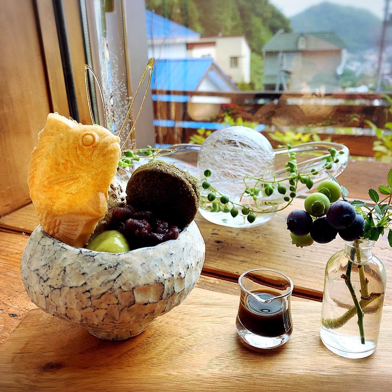 円山CAFE サカノウエのほうじ茶パフェ
