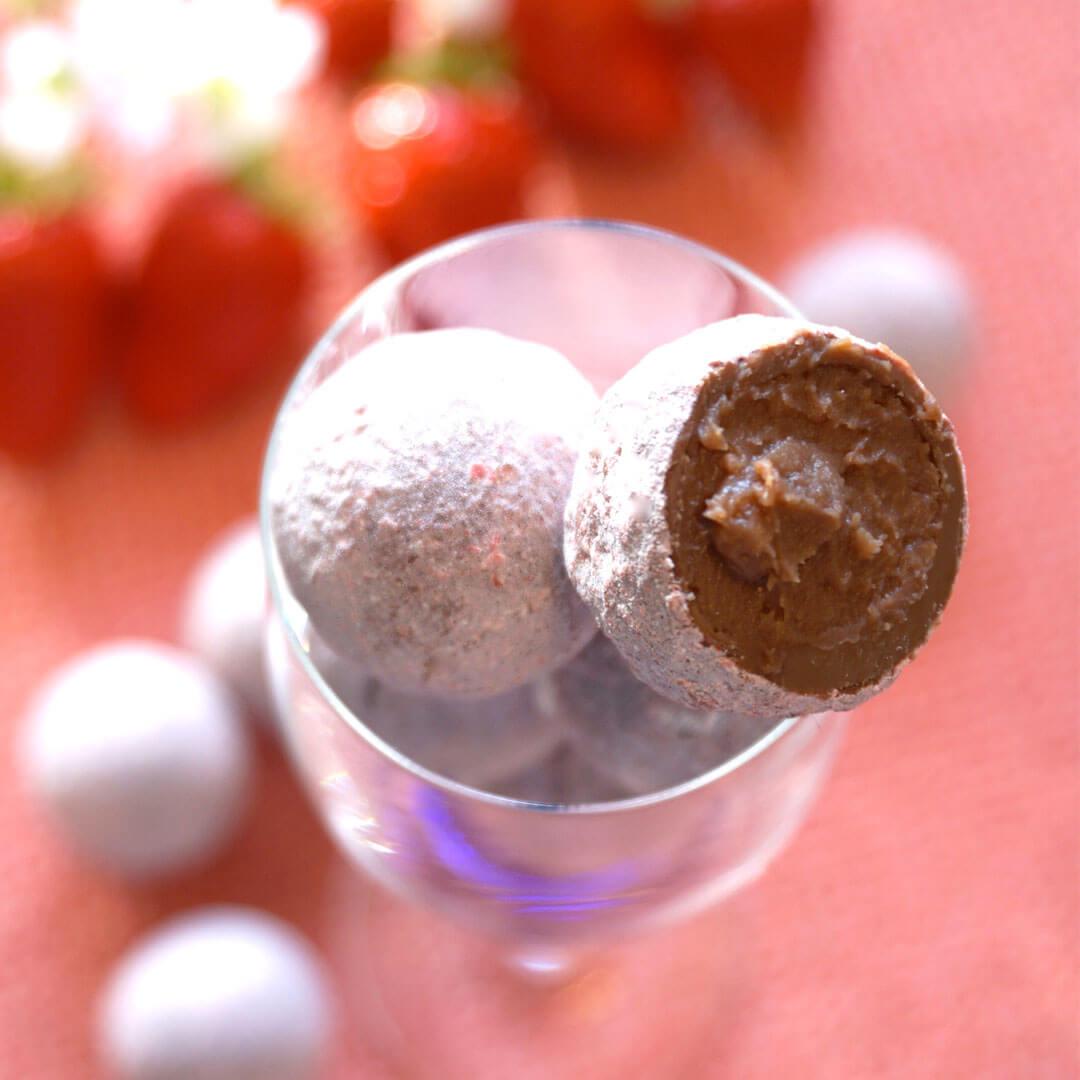 ロイズ チョコレートワールドの『ストロベリーシャンパントリュフ』