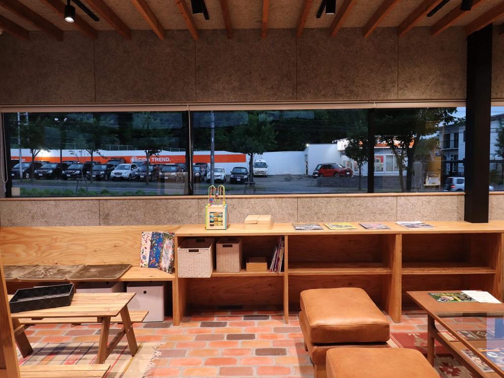FLEX ハイエース札幌店の店内