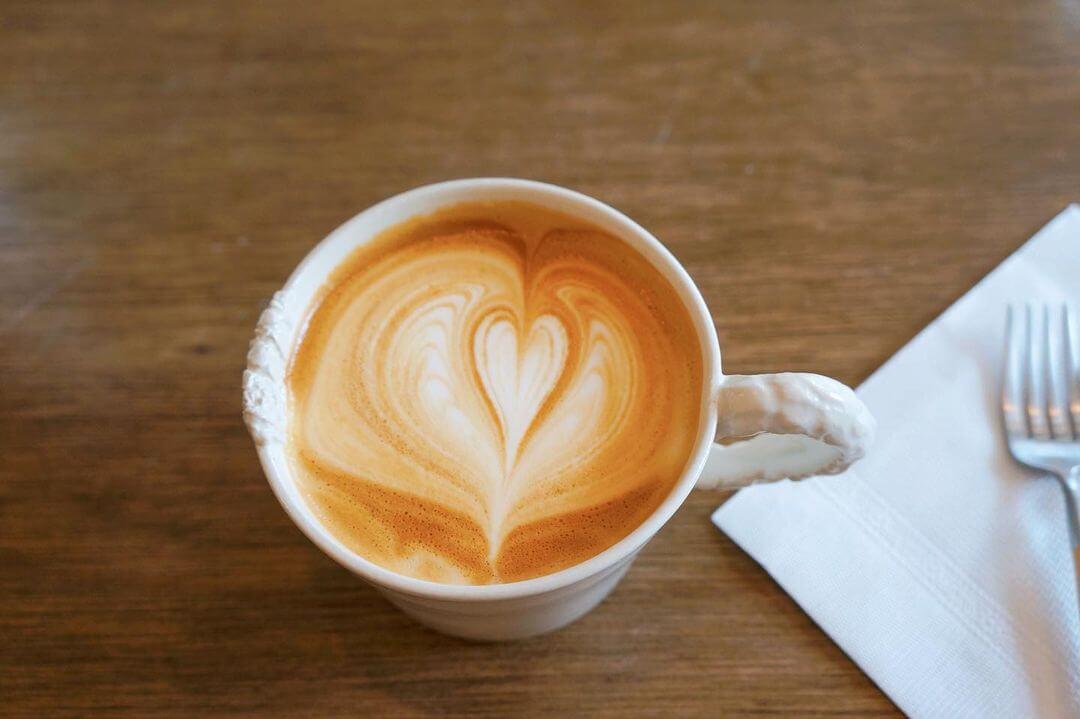 allee cafe アレイカフェのラテ
