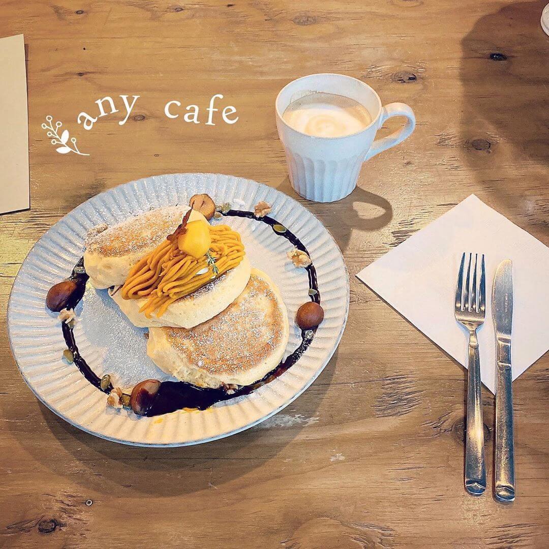 any cafe(エニーカフェ)の季節のパンケーキ(紅葉)