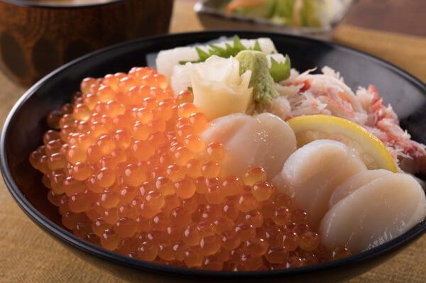 和食レストラン とんでんの海鮮丼