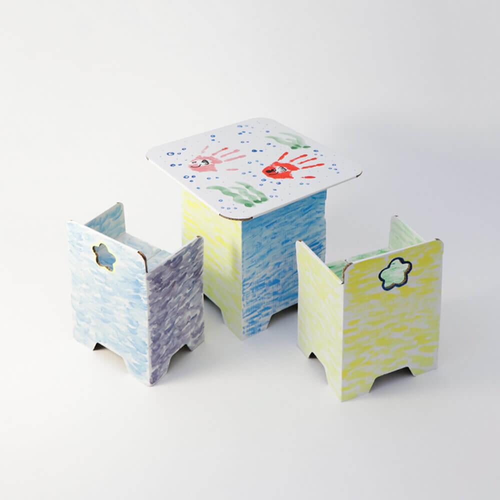 3COINS×つむぱぱ『テーブル&チェアセット ¥1,000(¥1,100)』