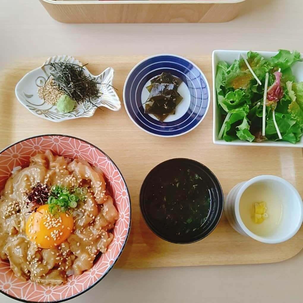 だし屋 おわんの宇和島鯛めし丼セット
