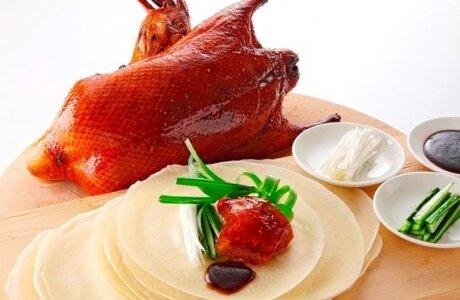 ホテルエミシア札幌で『北京ダック&広東ダック食べ放題』が10月限定で開催!