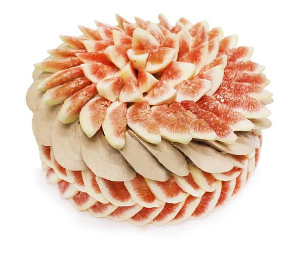 カフェコムサの『いちじくと祇園辻利ほうじ茶クリームのショートケーキ』