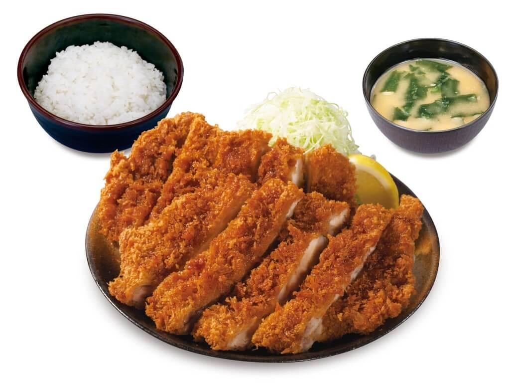 松のや・松乃家の『Wメガチキンかつ定食』