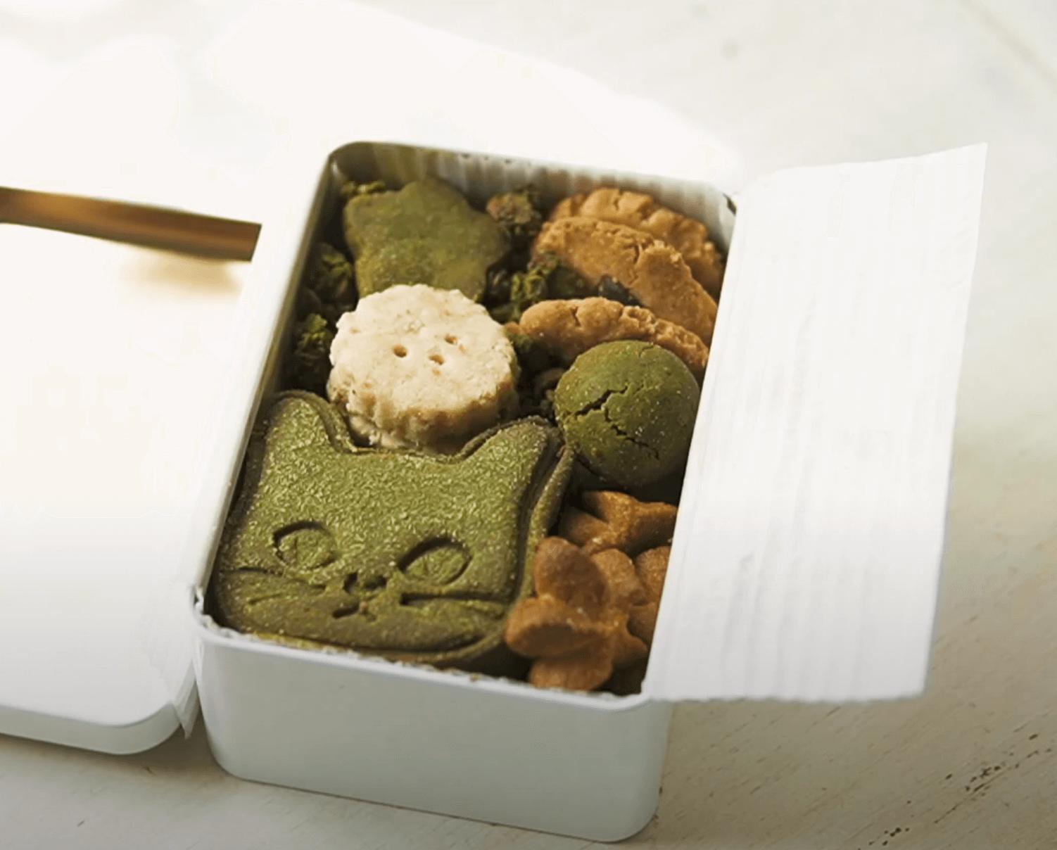 issue sweets labの看板商品「月替りのクッキー缶」