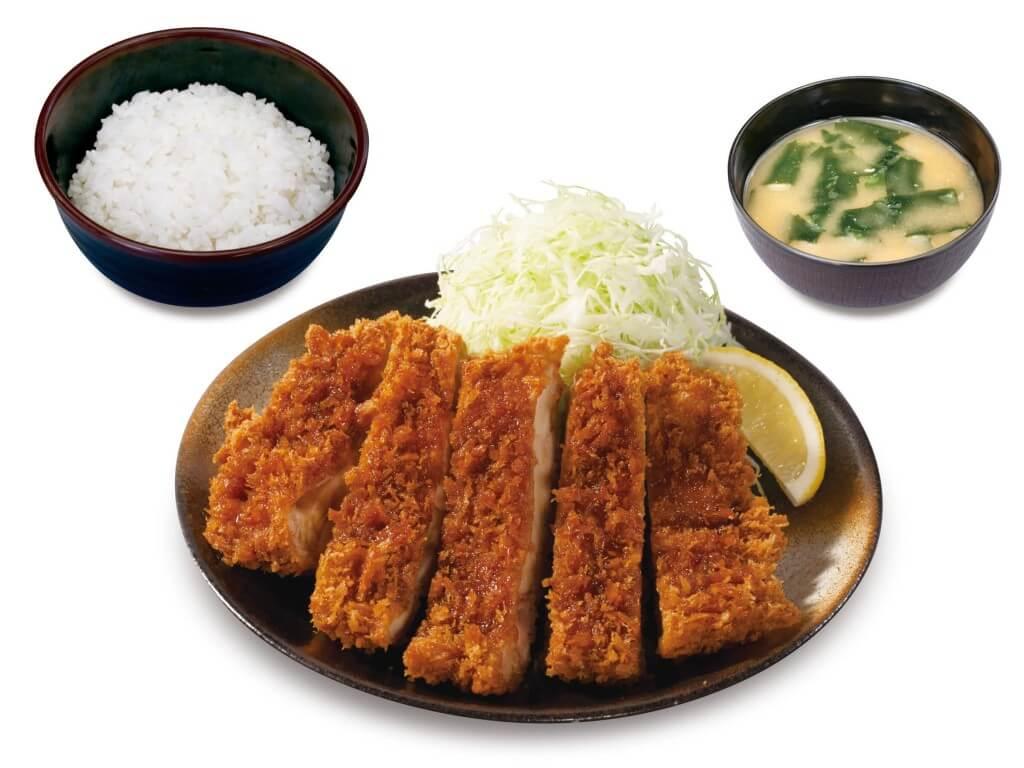 松のや・松乃家の『メガチキンかつ定食』