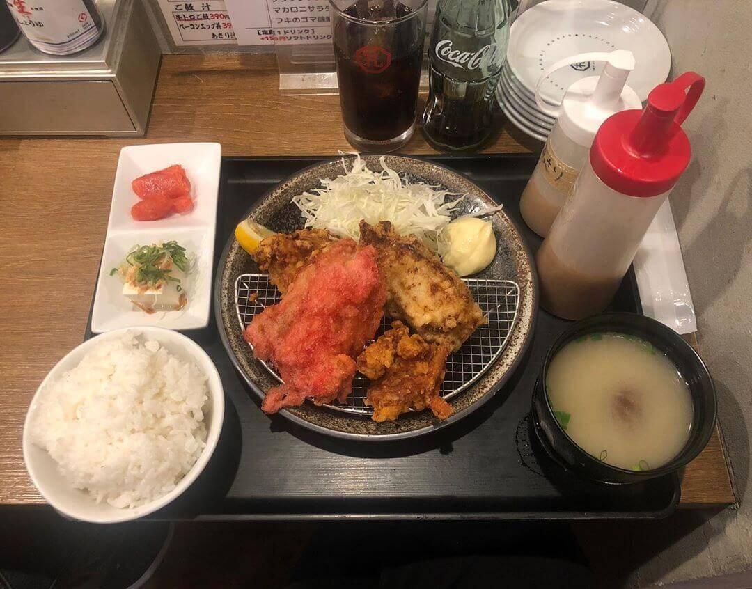 札幌ザンギ本舗の『ジャンボザンギ定食〈バラエティ〉』