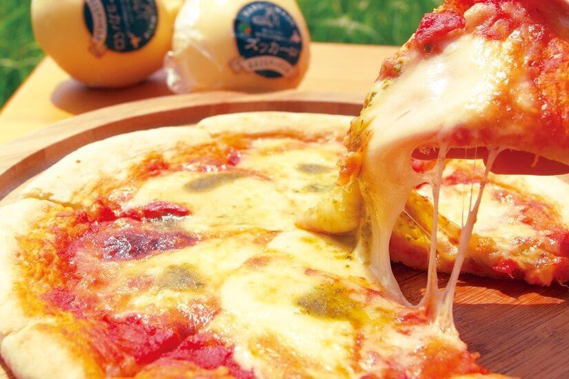どさんこ情熱市場北海道応援フェア-<おおともチーズ工房>チーズ工房のピザ とまとマルゲリータ