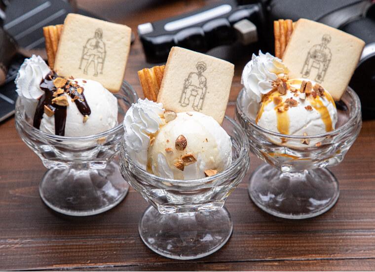 『THANX AAA PARTY ~15th AnniversAry stAnd~』-チュロスアイス[はちみつ/キャラメル/チョコレート]  550円