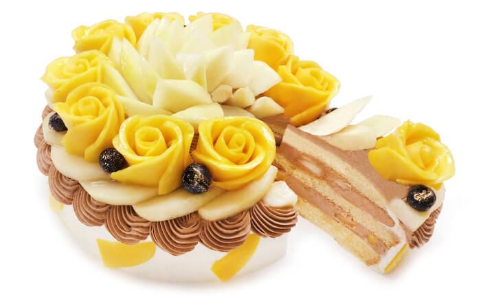 カフェコムサの『マンゴーローズと洋梨のショートケーキ』