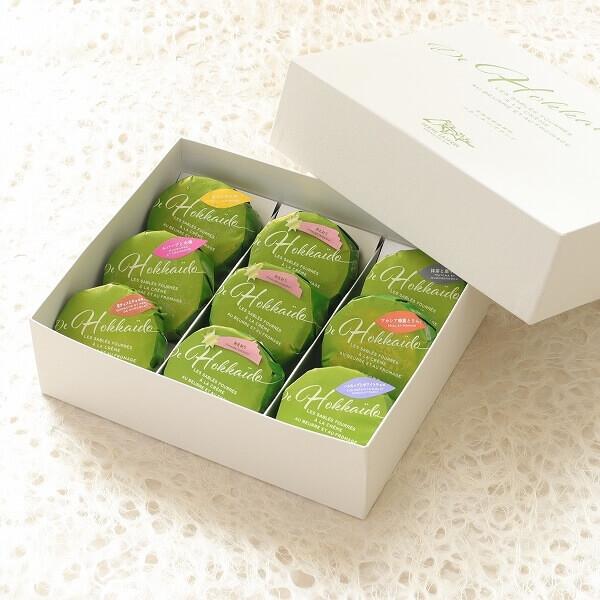 フェルムラ・テール美瑛の『バターチーズサンド冷蔵(配送は冷凍)あまおう入9個入』