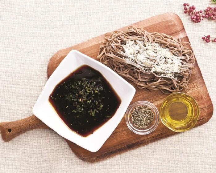 しゃぶしゃぶ温野菜の『洋風つけ蕎麦』