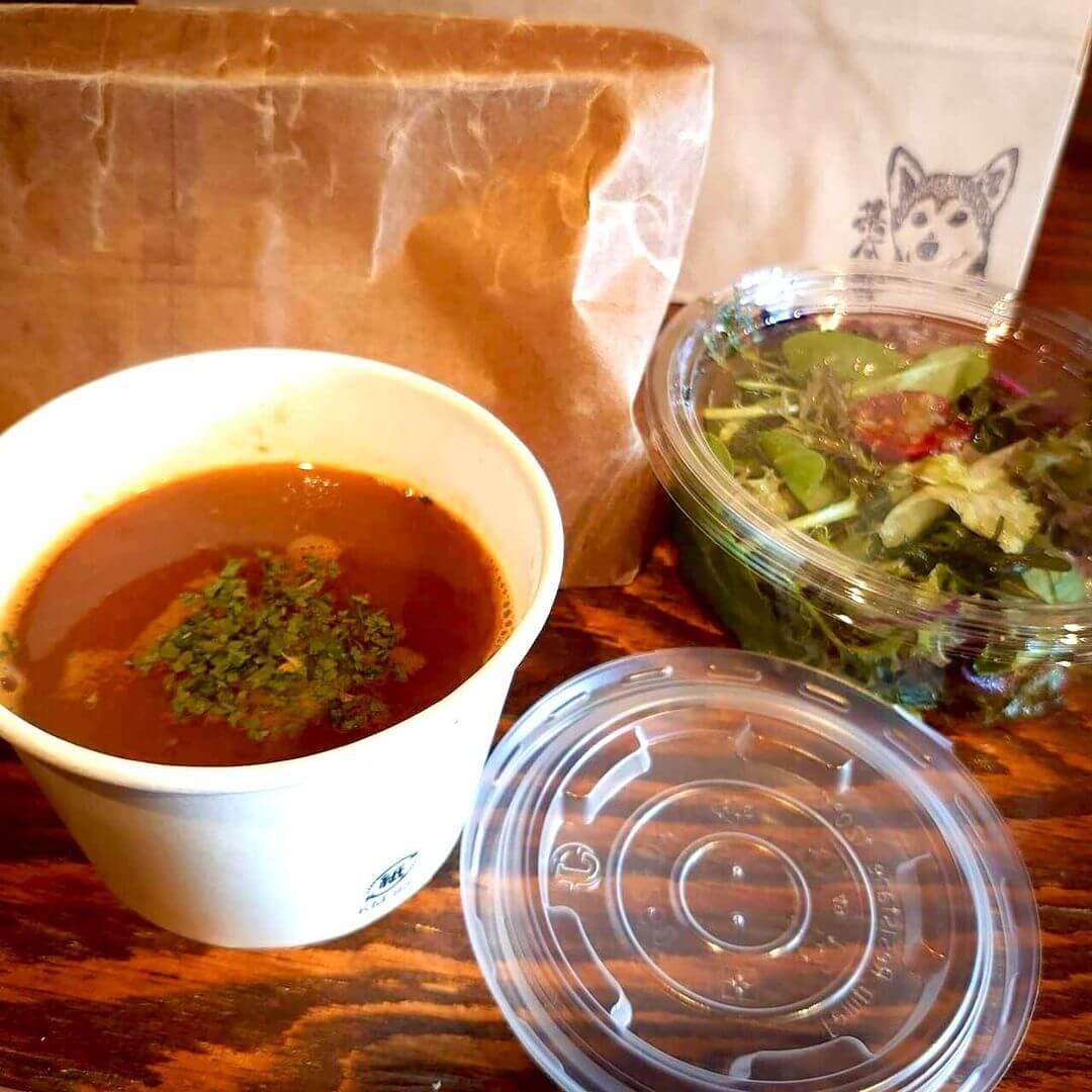 Cafe Fluffyの『スープ&サラダ』(テイクアウト)