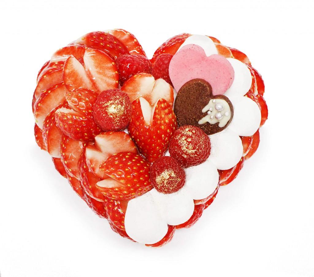 カフェコムサ-「恋みのり」いちごとラズベリームースのチョコケーキ(予約限定ケーキ)
