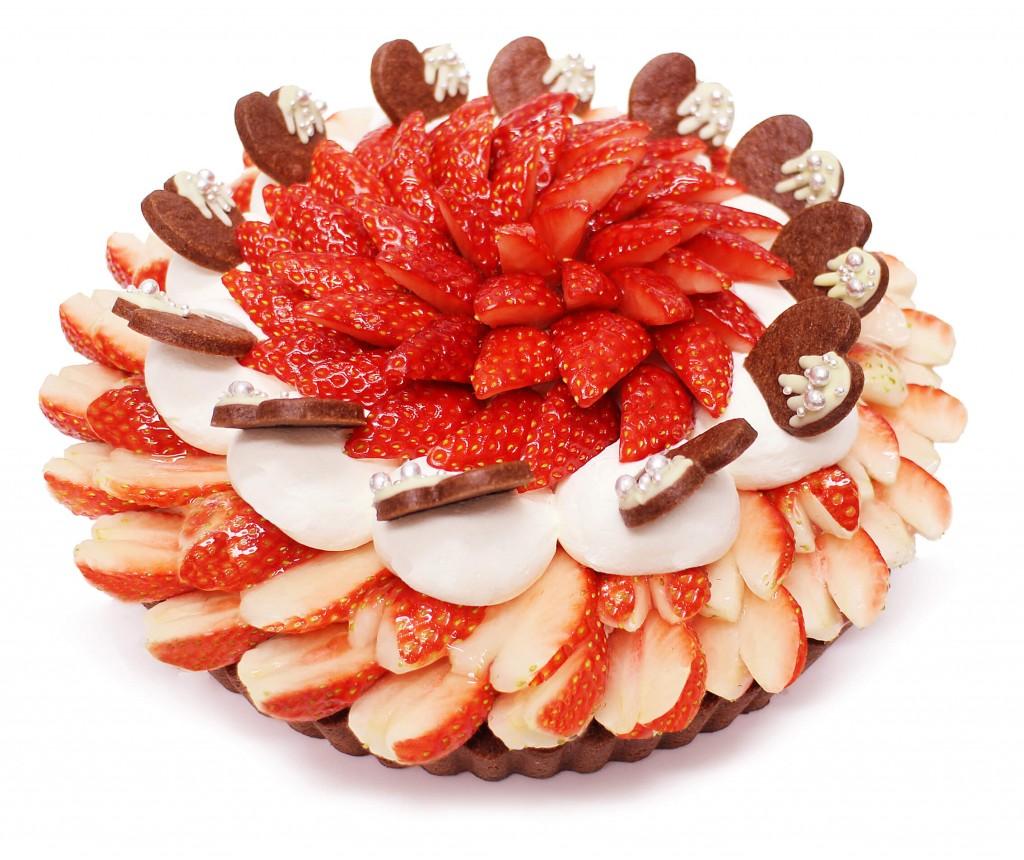 カフェコムサ-「恋みのり」いちごとラズベリームースのチョコケーキ(店頭販売ケーキ)