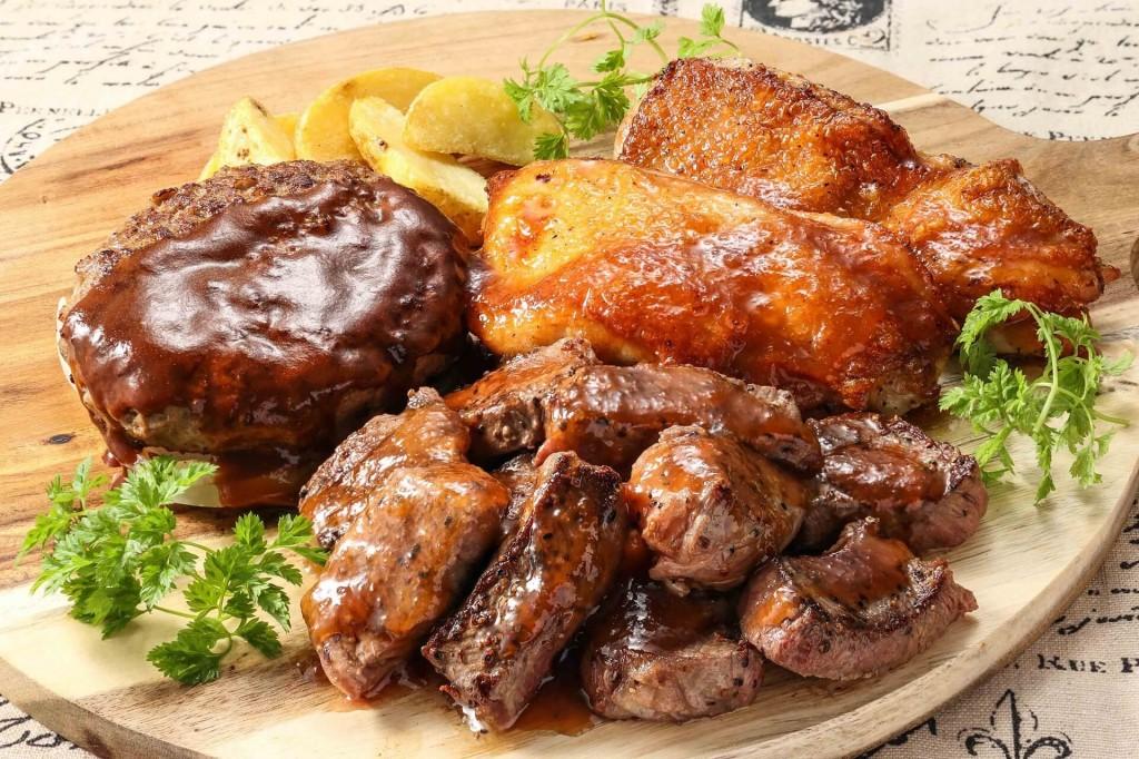 ステーキガスト『肉三昧コンボ』