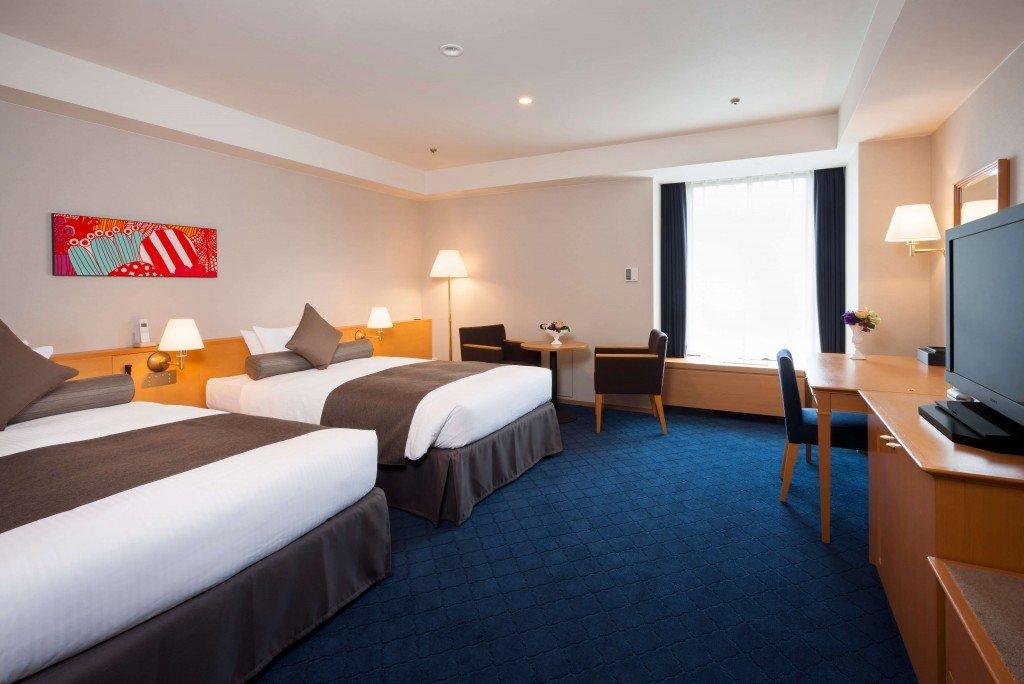 札幌グランドホテルの東館ラージツイン客室例