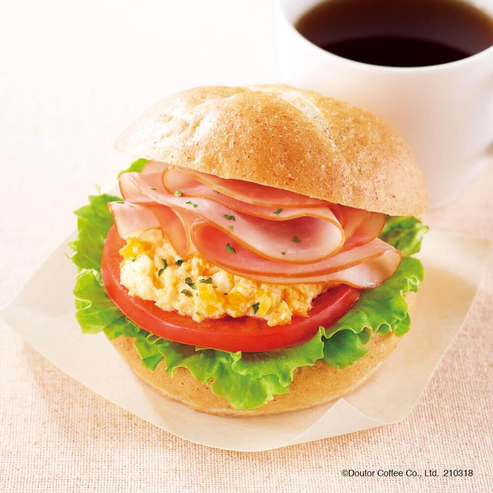 ドトールコーヒー『モーニング・セットA ハムタマゴサラダ 全粒粉入りパン使用』