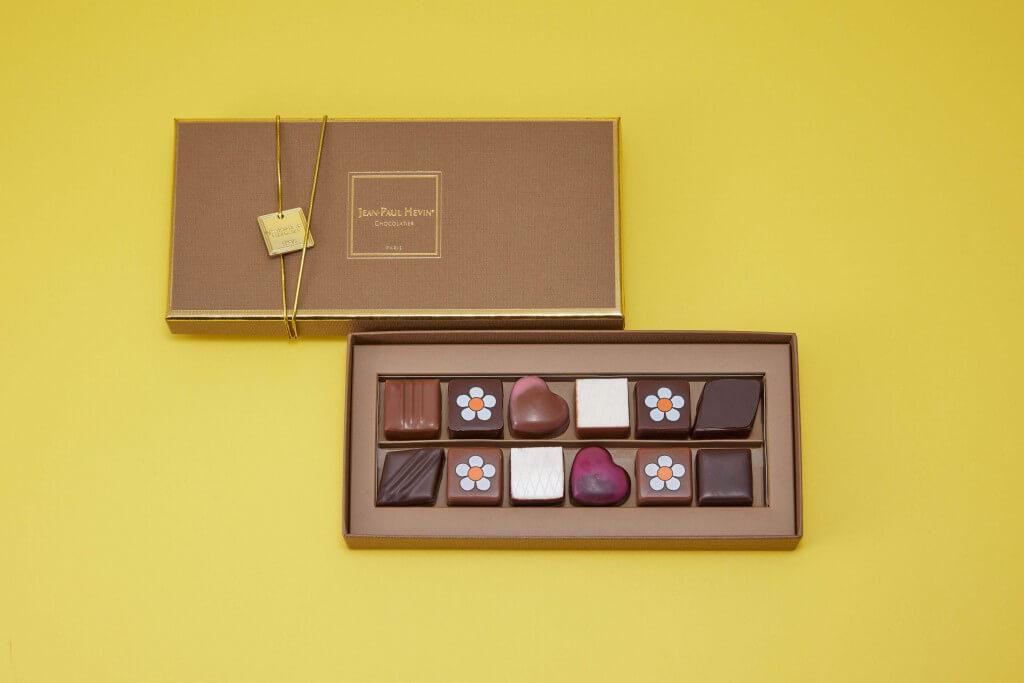 ジャン=ポール・エヴァンの『ボンボン ショコラ 12個 ポップフルール』