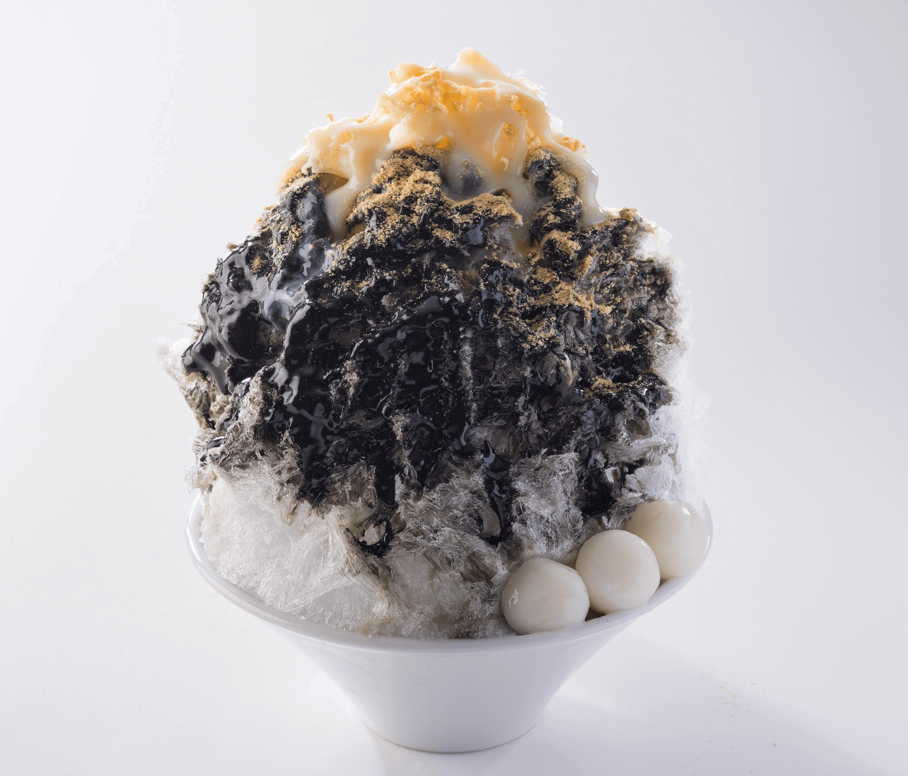 北海道生まれ和食処とんでん『綿雪』-黒ごま十勝きな粉綿雪