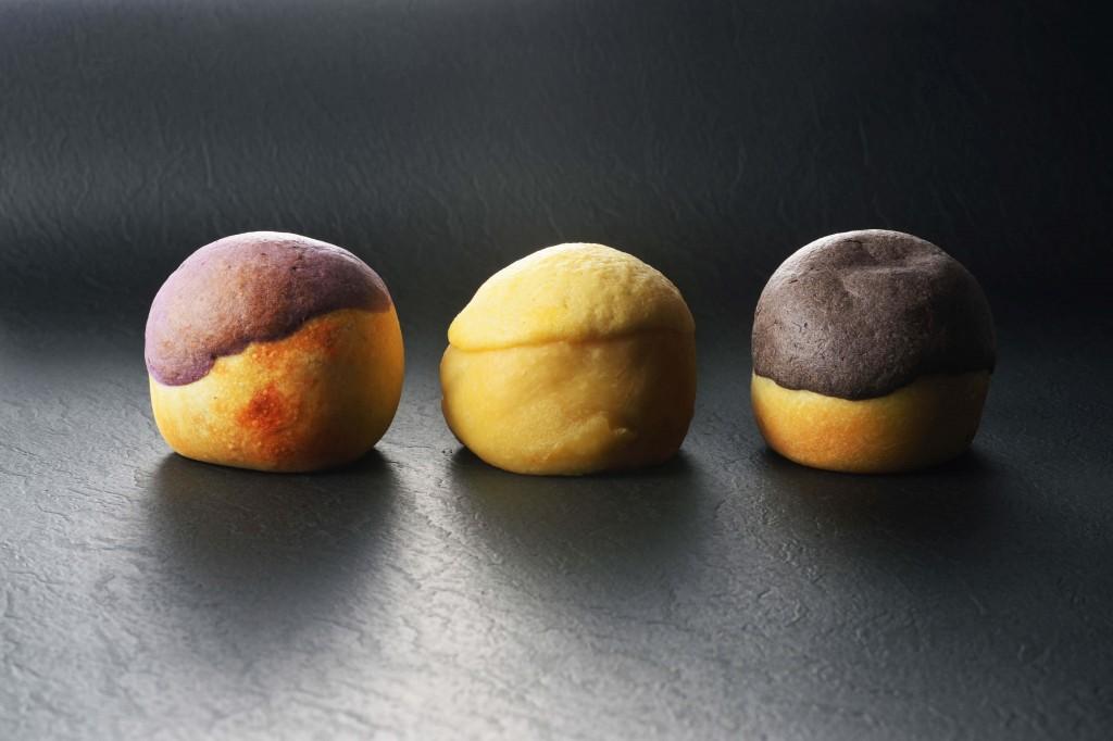 夜の鶴、月の芋。の『焼き芋あんぱん三個セット』