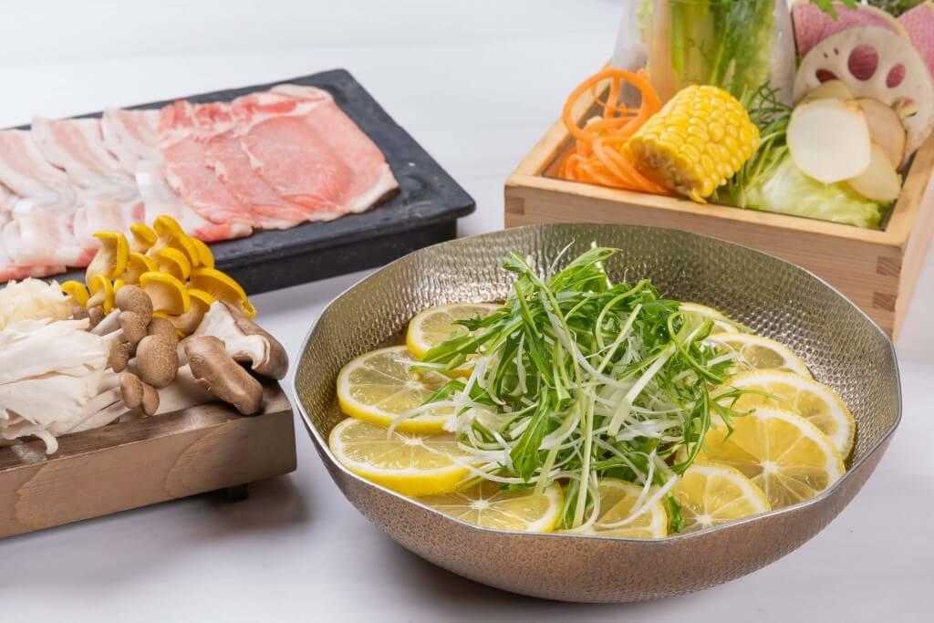 しゃぶしゃぶれたす『長崎県産 五島灘の塩を使った爽やか春レモン出汁』