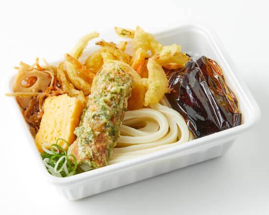 丸亀製麺の『丸亀うどん弁当』-2種の天ぷらと定番おかずのうどん弁当
