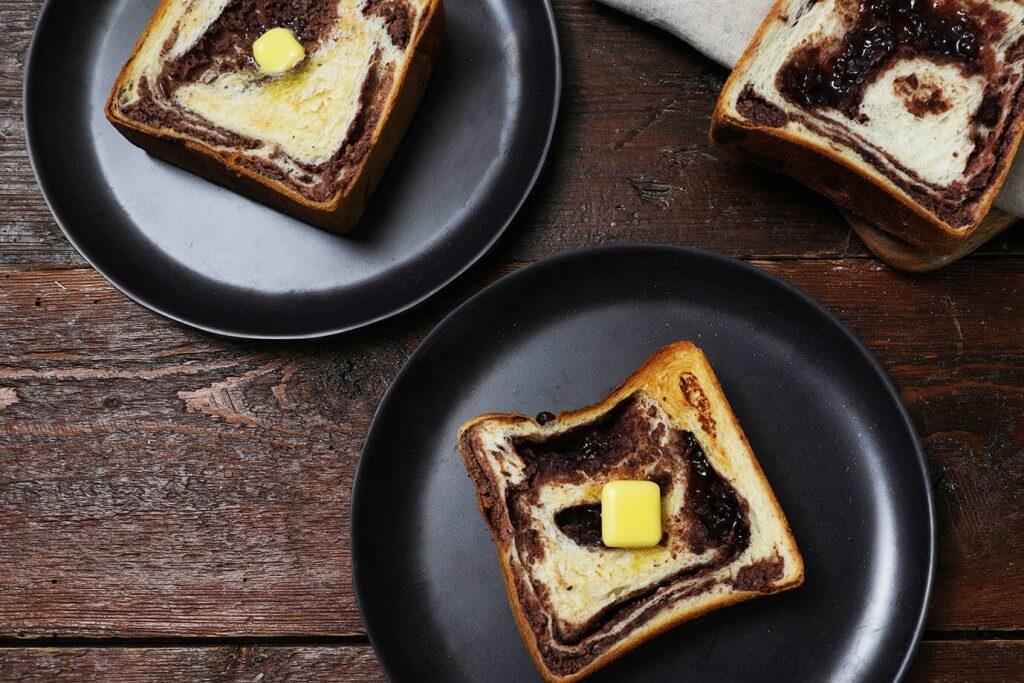 ハートブレッドアンティークの『贅沢あん食パン』