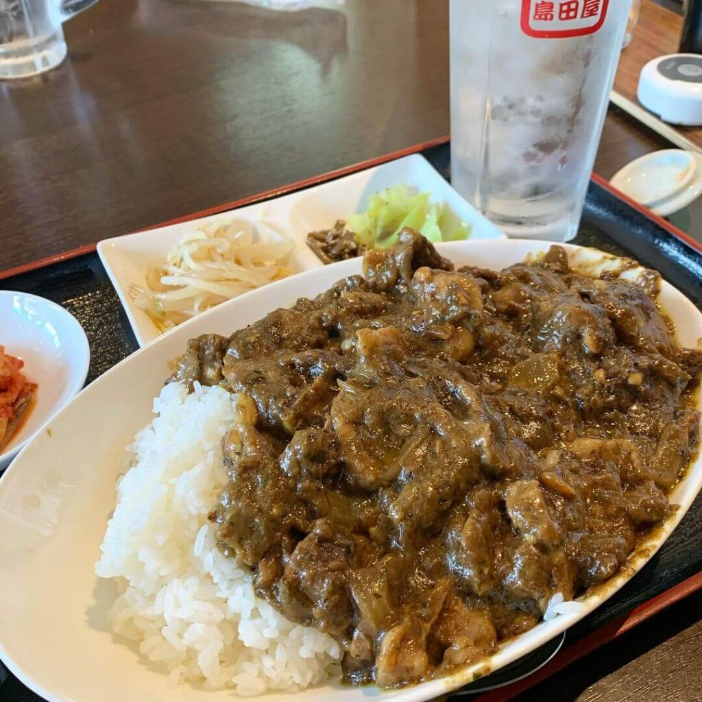 島田屋 屯田店の『特製牛すじカレー』