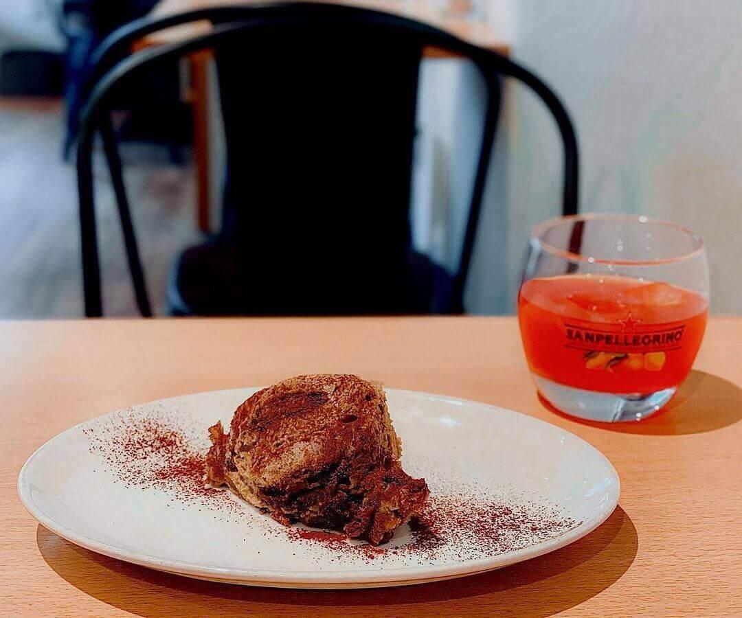 間借りカフェ coniglioの『ピスタチオのティラミス』