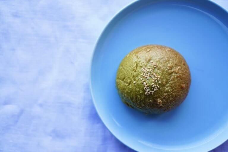 ふわもち邸各店で5月限定ベーグル『西尾の抹茶&豆乳クリームチーズ ベーグル』が発売!