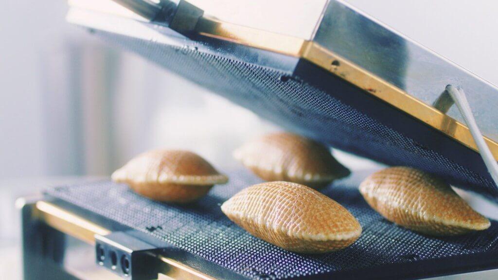 SOLES GAUFRETTE(ソールズ ゴーフレット)のこだわり-美味しさがふくらむ「魔法の 20 秒」