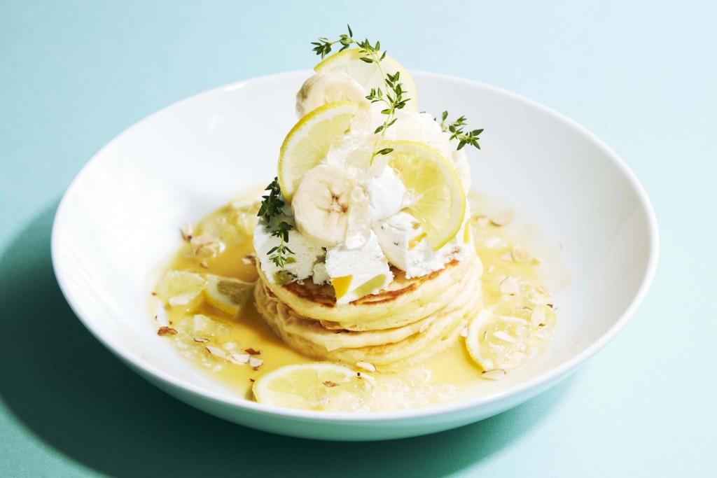 J.S. PANCAKE CAFEの『レモンフェア』-レモンとサマーフルーツアイスのパンケーキ