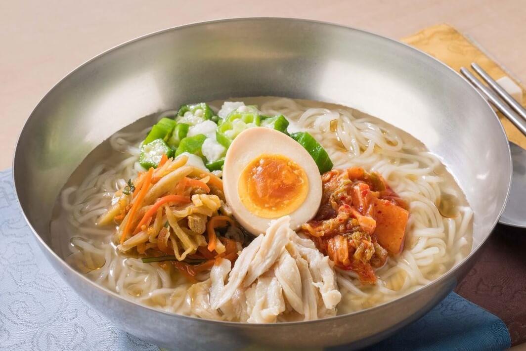 ガストの『山芋オクラの冷麺∼のどごし麺とコクのスープ』