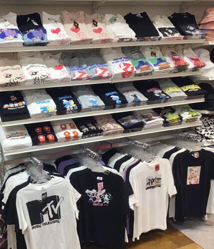 サンキューマートの『夏にぴったりなTシャツ各種』